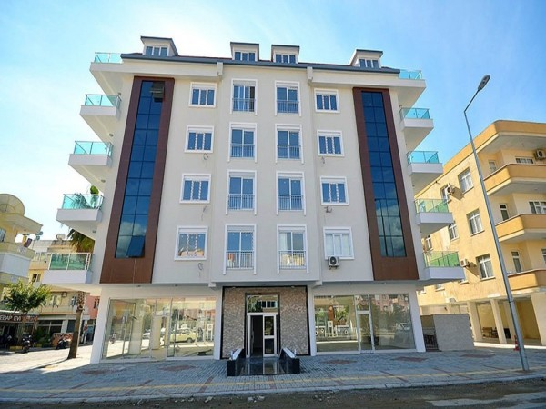 Large 2 bedroom with airy views for sale in center of Alanya