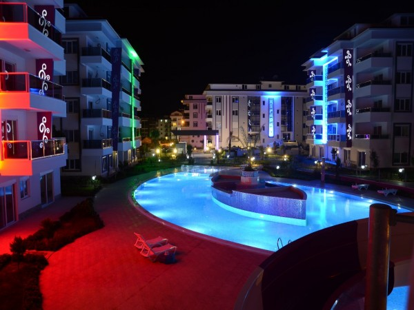 Luxury holiday complex close to beach in Kestel, Alanya