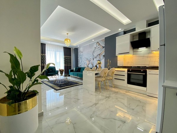 Stylish and ideally situated 1 bedroom apartment with amazing sea view