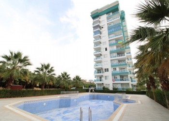 Fabulous penthouse with large living surface in Alanya for sale