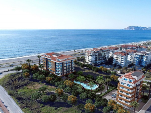 Exceptional beachfront complex fwith many on site amenities in Alanya