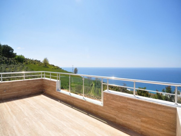Luxury at its best! Superb villa with magnificent views in Alanya
