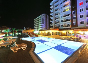 Luxury complex with fantastic facilities on site in prime location