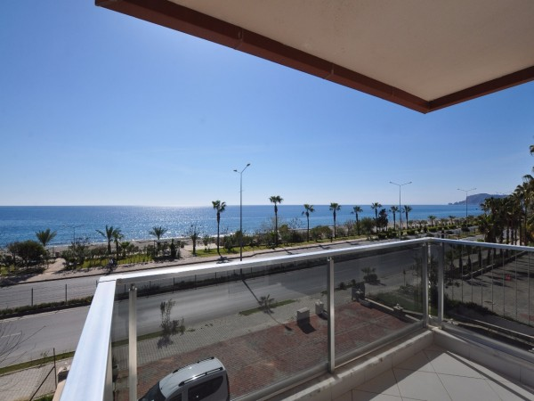Luxury beach front apartment with panoramic views