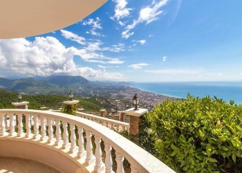 Amazing sea view apartment in Alanya city center