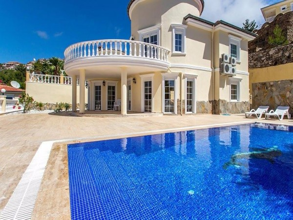 Fantastic luxury private villa with amazing views in Alanya