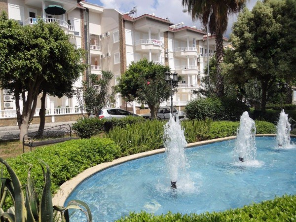 Beautiful 2 bedroom apartment centrally located