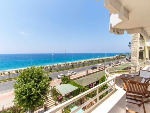 Are you looking for an apartment for sale in Alanya by the beach?