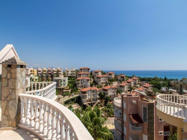 Amazing 3 bedroom penthouse in Alanya with Panoramic Views!