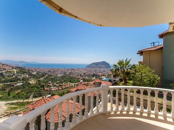 Fully furnished Mediterranean style villa in Alanya