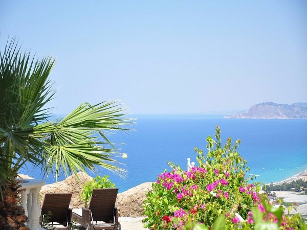 2 Bedroom apartment with spectacular views for sale in Alanya