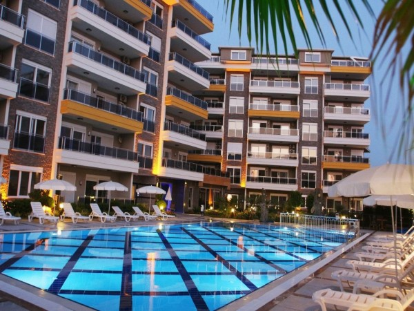 Stylish 1 bedroom apartment in complex with many facilities in Alanya