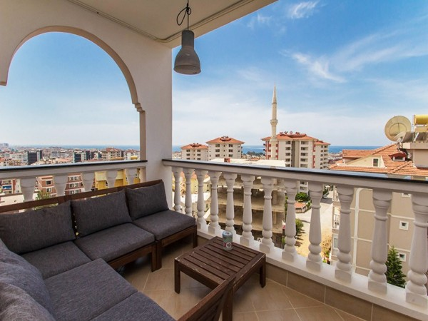 Exclusive duplex penthouse close to city center