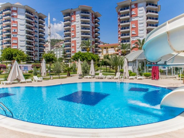 Splendid fully furnished 2 bedroom apartment for sale in Alanya