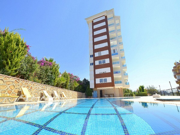 Cozy one bedroom apartment in a well established complex in Alanya