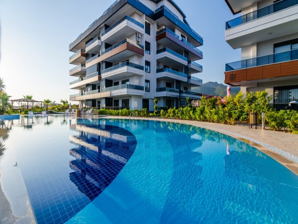 Exceptional apartments for sale in luxurious complex in Alanya
