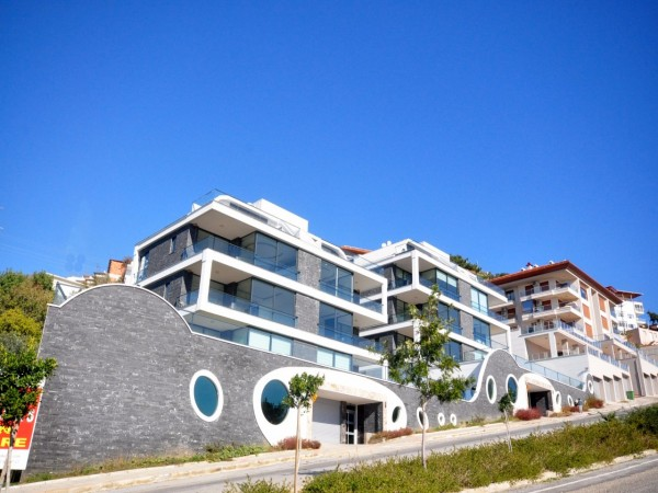 Centrally located luxury complex with beautiful Alanya views