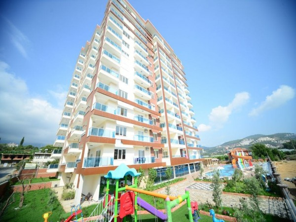 Very spacious holiday apartment in Mahmutlar