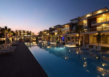 Luxury First Class Three Bedroom Apartments For Sale in Side!