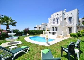 Fabulous Yalikavak Holiday Villa With Pool And Sea Views