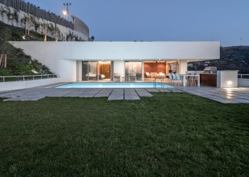 Ultra luxury modern design private villa for sale in Bodrum