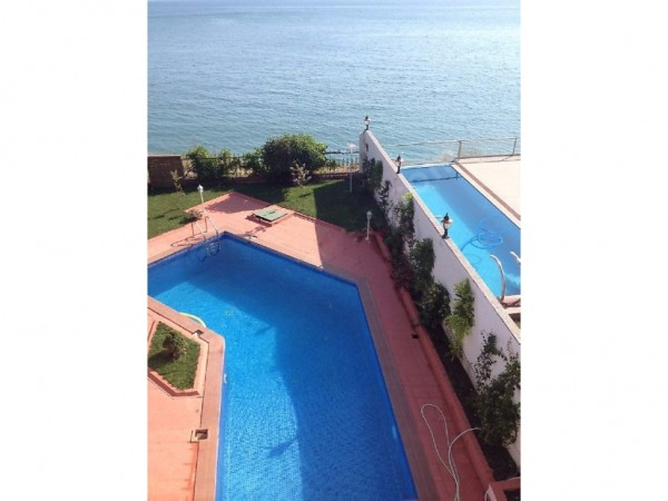Panoramic sea view villa for sale in Buyukcekemece, Istanbul