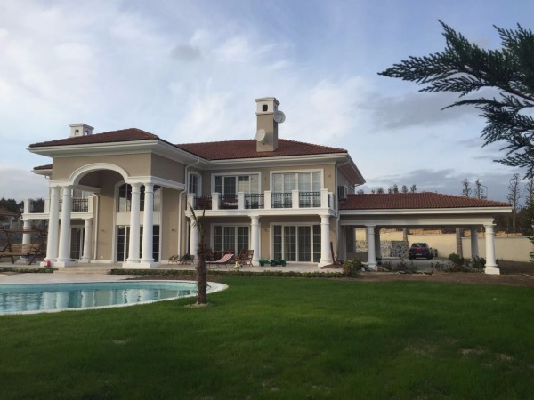 Ultra prestigious mansion for sale in popular area of Istanbul