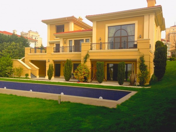 Luxury mansion with perfect quality and amazing views in Istanbul