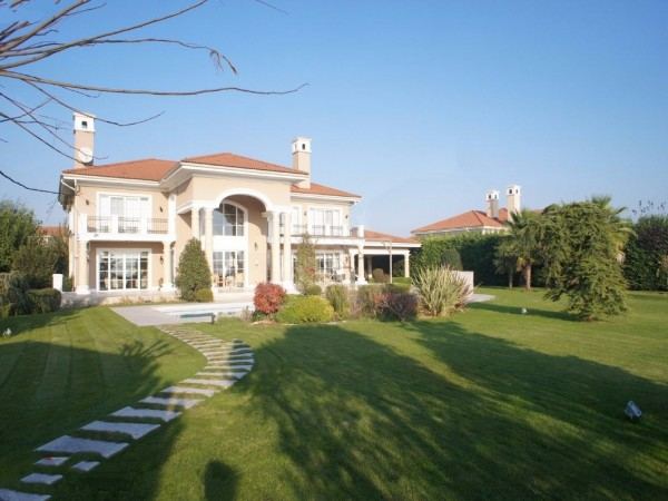 Unique luxury villa for sale in Istanbul