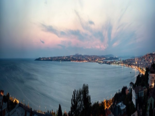 Luxury sea view residences in prime location of Istanbul