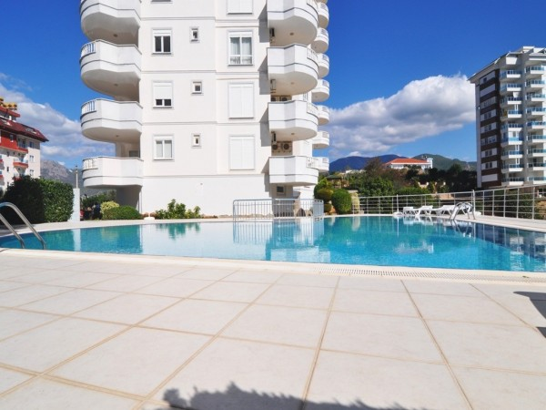 Lovely 2 bedroom apartment centrally located for rent in Alanya
