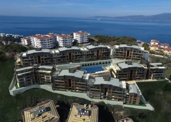 Spacious 4 bedroom apartments in luxury complex