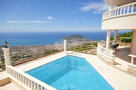 Luxury villas in Alanya with perfect views